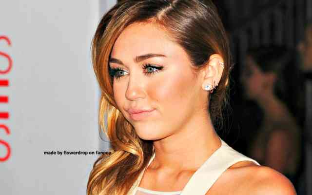 Miley Cyrus Wallpaper - Miley cyrus - bestscreenwallpaper.com - #36