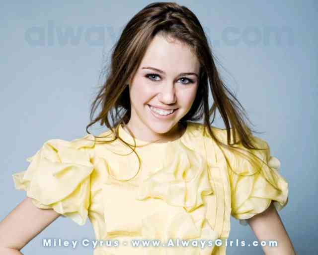 Miley Cyrus Wallpaper - Miley cyrus - bestscreenwallpaper.com - #4