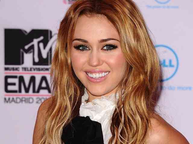Miley Cyrus Wallpaper - Miley cyrus - bestscreenwallpaper.com - #7