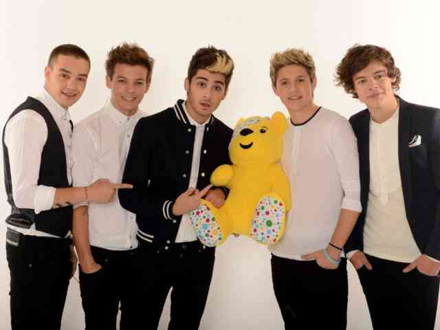 One Direction Free Wallpapers Group, bestscreenwallpaper.com, Teddy bear