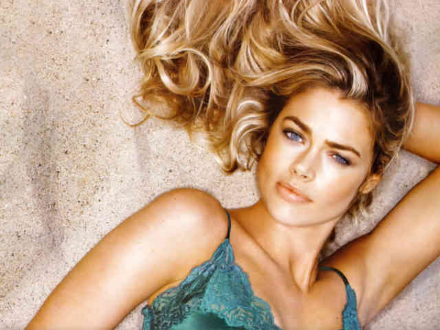Denise Richards hd wallpapers | denise richards | hot denise richards | free download  | bestscreenwallpaper.com #16