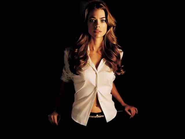 Denise Richards hd wallpapers | denise richards | hot denise richards | free download  | bestscreenwallpaper.com #9