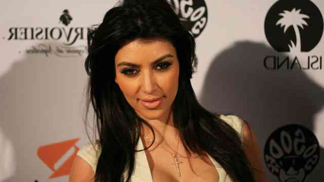Kim-Kardashian-Beautiful-Images