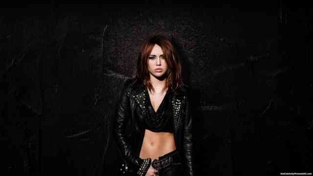 Miley Cyrus HD Desktop Wallpapers | Hot miley cyrus | miley songs | miley album | miley images | #26
