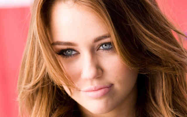 Miley Cyrus HD Desktop Wallpapers | Hot miley cyrus | miley songs | miley album | miley images | #37