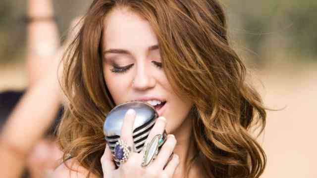 Miley Cyrus HD Desktop Wallpapers | Hot miley cyrus | miley songs | miley album | miley images | #8