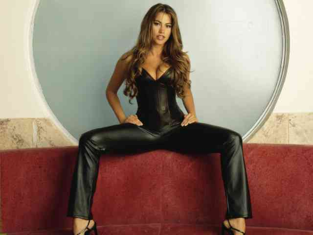 Sofia Vergara wallpapers | Sofia vergara | hot sofia vergara | free images | free download | bestscreenwallpaper.com | #27