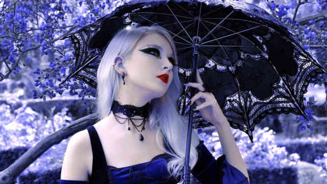 gothic_girl_3_umbrella_black_purple_flowers_hd-wallpaper-1614585