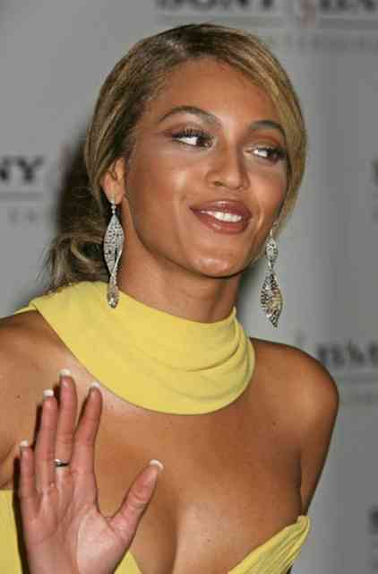 Beyonce wedding ring - #31