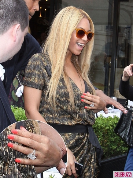 Beyonce wedding ring - #37