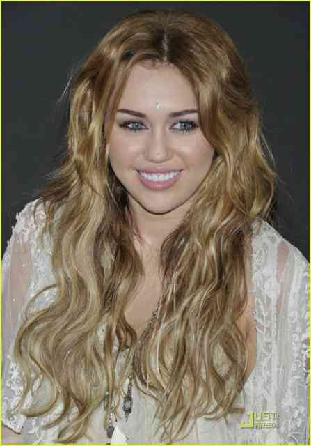 miley cyrus smoking weed - miley cyrus hair color - miley cyrus long hair - #18