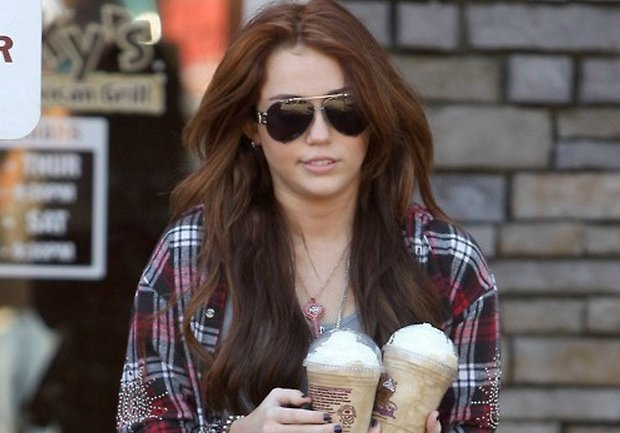 miley cyrus smoking weed - miley cyrus hair color - miley cyrus long hair - #29