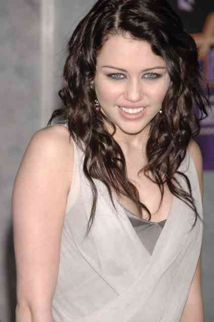 miley cyrus smoking weed - miley cyrus hair color - miley cyrus long hair - #38