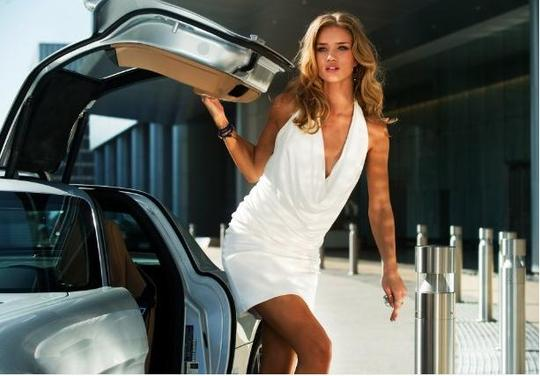 Transformers 3 girl | Rosie Huntington-Whiteley | transformers.com | #11