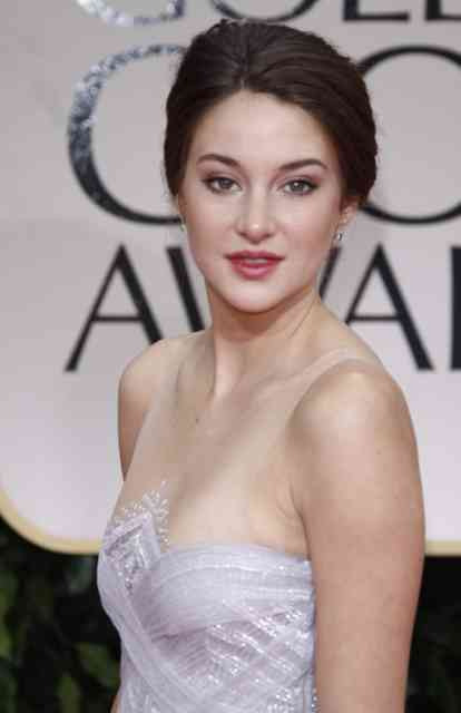 Shailene Woodley Hollywood Wallpapers Wallpaper 17 Free Hd