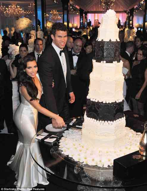 Kim Kardashian Wedding | Wedding Wallpaper | #21