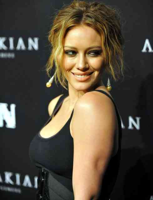 Beautiful Hilary Duff Wallpapers