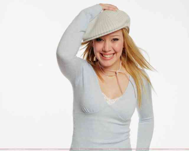 Young Hilary Duff Wallpapers