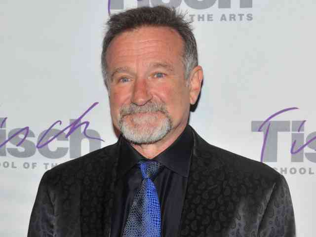 Robin Williams found dead at home Suicide | #1
