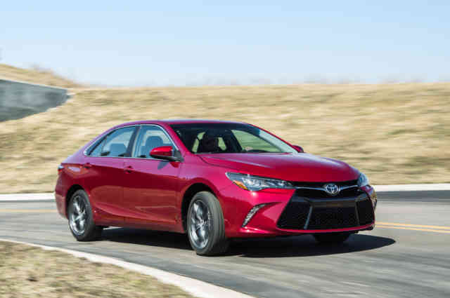 2015 Toyota Camry Wallpapers | High Resolution Wallpaper | Toyota Camry Photo Gallery | #4