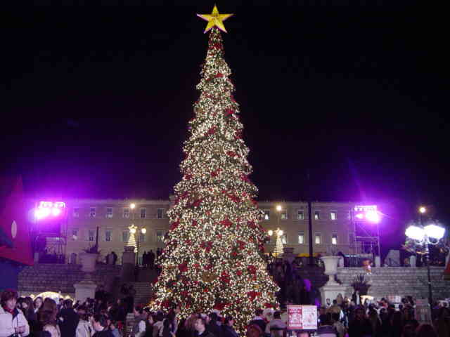 Christmas Tree Wallpaper | FREE Christmas Tree Wallpaper | Christmas Wallpapers | #26