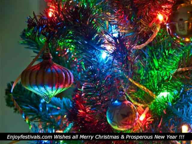Christmas Tree Wallpaper | FREE Christmas Tree Wallpaper | Christmas Wallpapers | #30