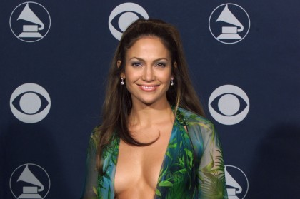 Jennifer Lopez décolletée | J-Lo Images | Jennifer Lopez net worth | #4