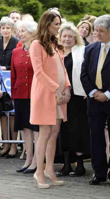 Kate Middleton Pregnant | Kate Middleton Pregnancy | #40