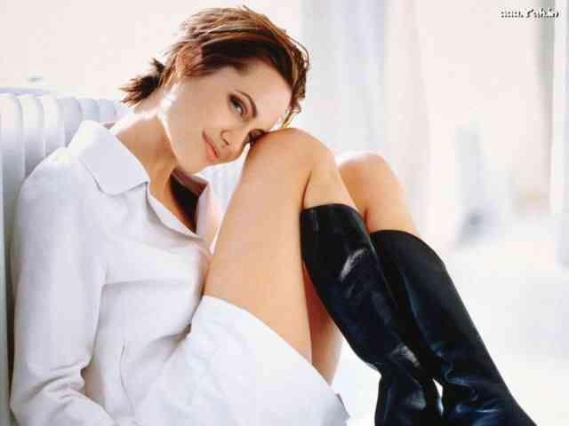 Angelina Jolie Wallpapers | Angelina Jolie pictures | #15