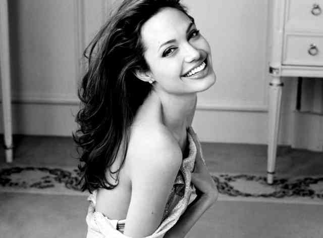 Angelina Jolie Wallpapers | Angelina Jolie pictures | #16