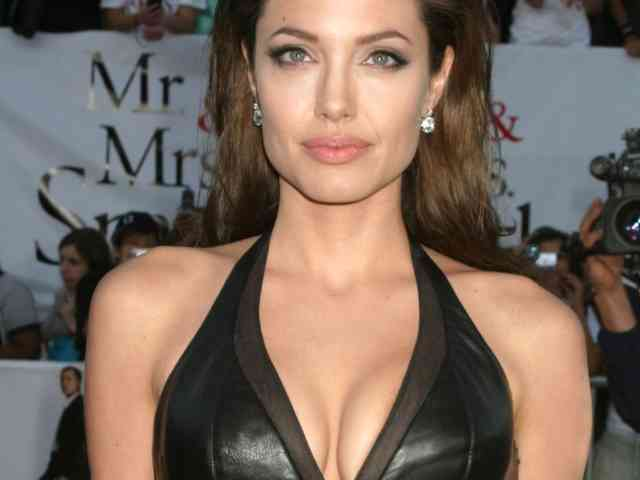 Angelina Jolie Wallpapers | Angelina Jolie pictures | #7