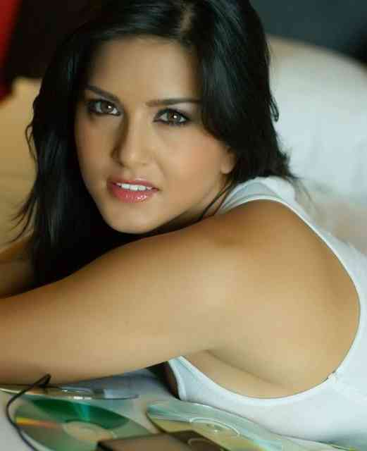 Pictures Sunny Leone Wallpapers | Celebrity Wallpapers |