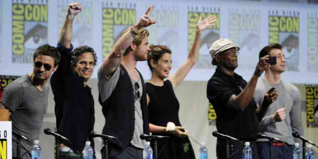 The Avengers Age of Ultron Cast 2015 Images   Avengers Trailer   Avengers 2 Age of Ultron   #7
