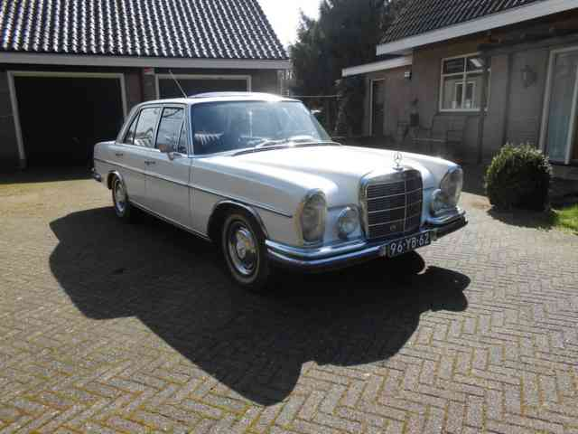 White 1973 Mercedes-Benz 280 SL Roadster | Old Mercedes 280 |
