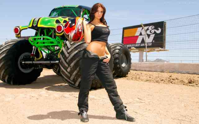 Cute Girl Monster Truck Rally HD Wallpapers | Pickup Truck