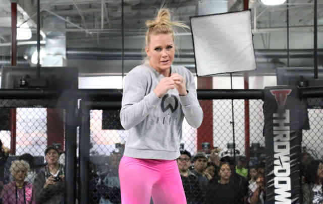 Cute Holly Holm UFC Photos