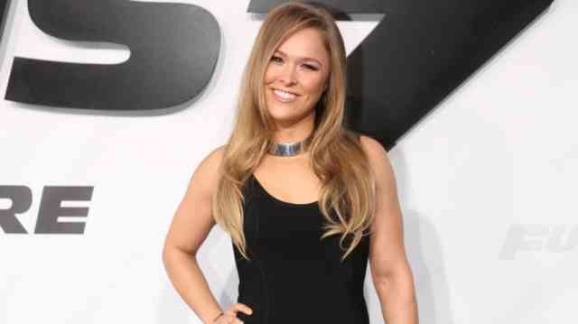 Magazine Ronda Rousey Wallpapers
