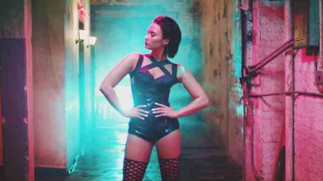 Demi Lovato Cool For The Summer Wallpapers Scene Video Cip