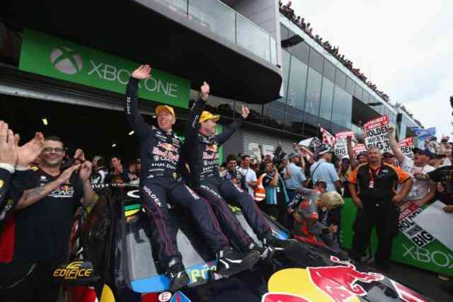 Bathurst 1000: Craig Lowndes wins Final | Car Racing Australia