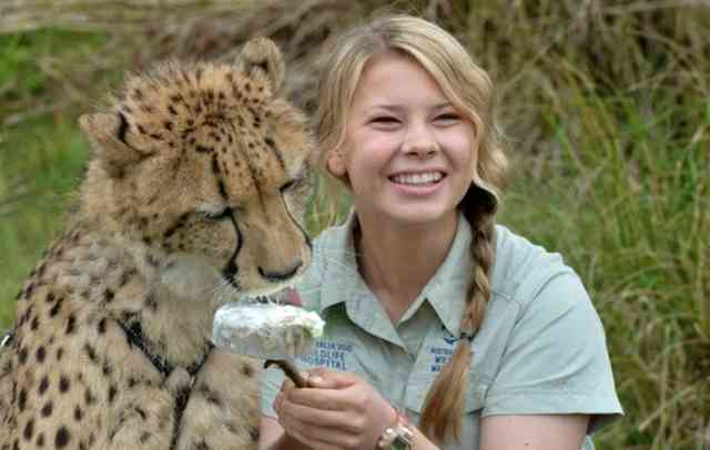 Bindi Irwin with Little Tiger