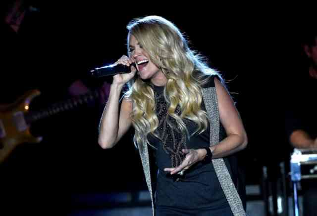 Carrie Underwood Storyteller SHOW Photos