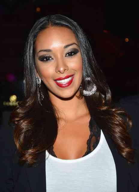 Cute Gloria Govan