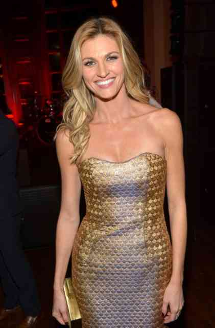 ERIN ANDREWS Scandal Hotel Photos | FOX Sports reporter ERIN ANDREWS -14