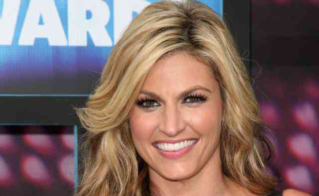 ERIN ANDREWS Scandal Hotel Photos | FOX Sports reporter ERIN ANDREWS -23