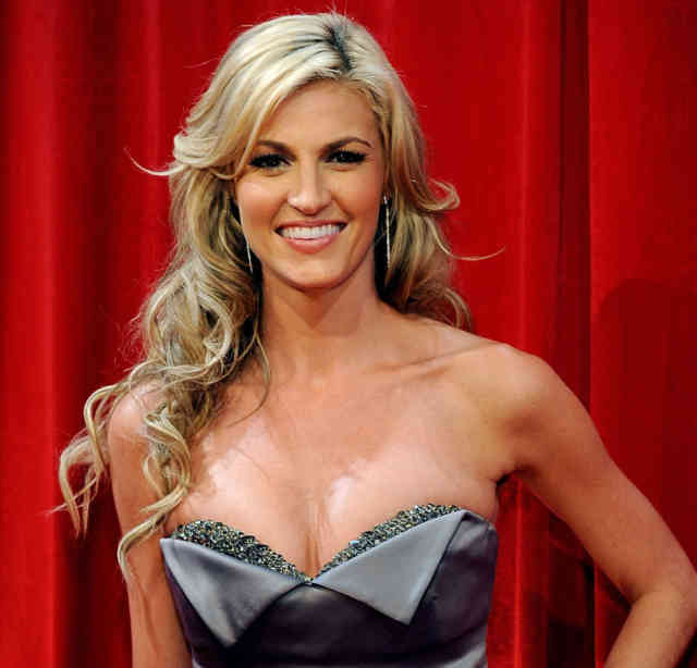 ERIN ANDREWS Scandal Hotel Photos |HOT ERIN ANDREWS Photo -7