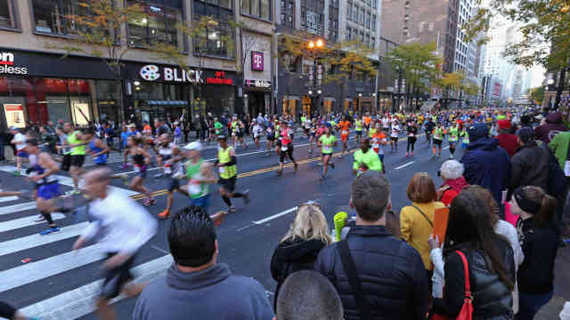 On the Road Chicago Marathon 2015
