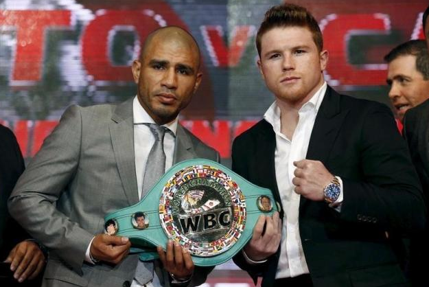 Canelo Alvarez WINNER Photos – Miguel Cotto Lost Boxing #6