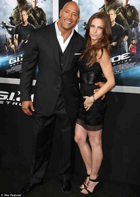 Dwayne Johnson and Lauren Hashian Baby Girl Nice Photos