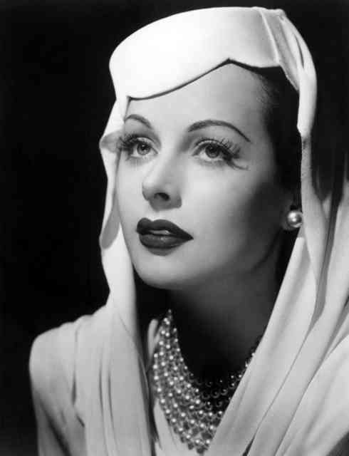Hedy Lamarr Photos most beautifully Hollywood's Actresses Ever #9