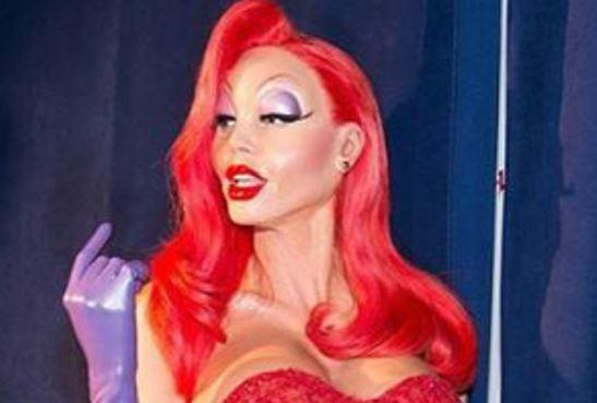 Heidi Klum into Jessica Rabbit for Halloween 2015 #3